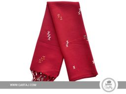Traditional scarf with floral motifs