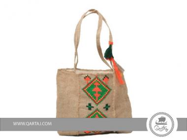 SAC S&A decoration en pompom tissage et broderie artisanale