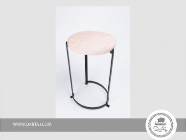Table Metal and Pink Stone Domaiska