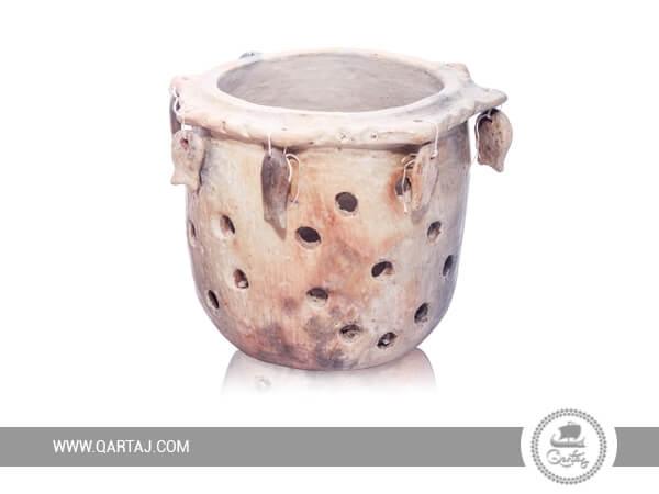 Flower pot of Sajnen; Tunisian Handicrafts